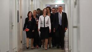 art-Gillard_caucus-620x349